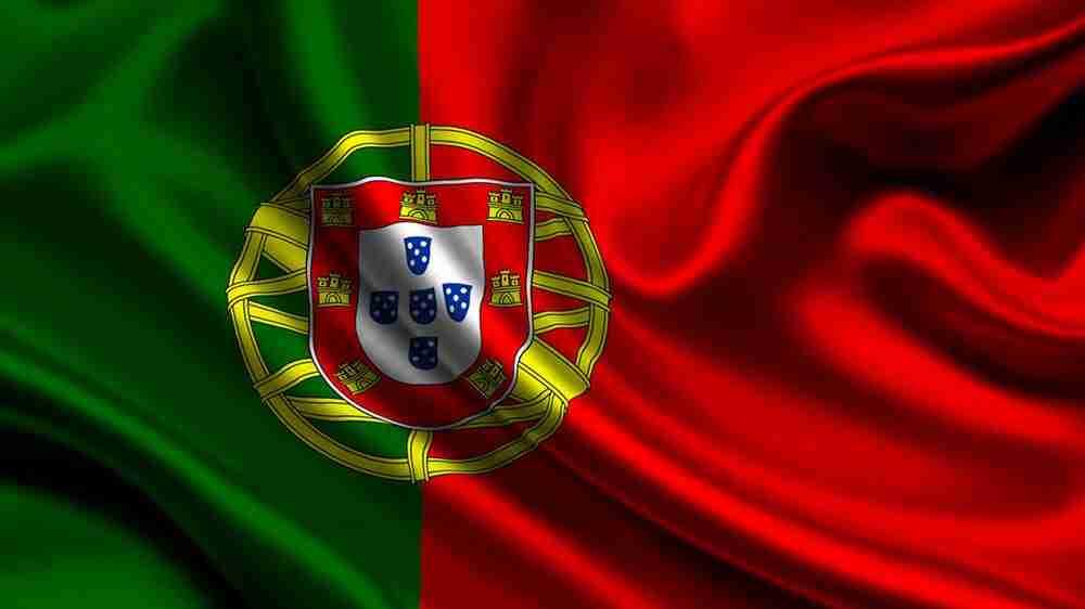 Advogado será indenizado por piadas de português