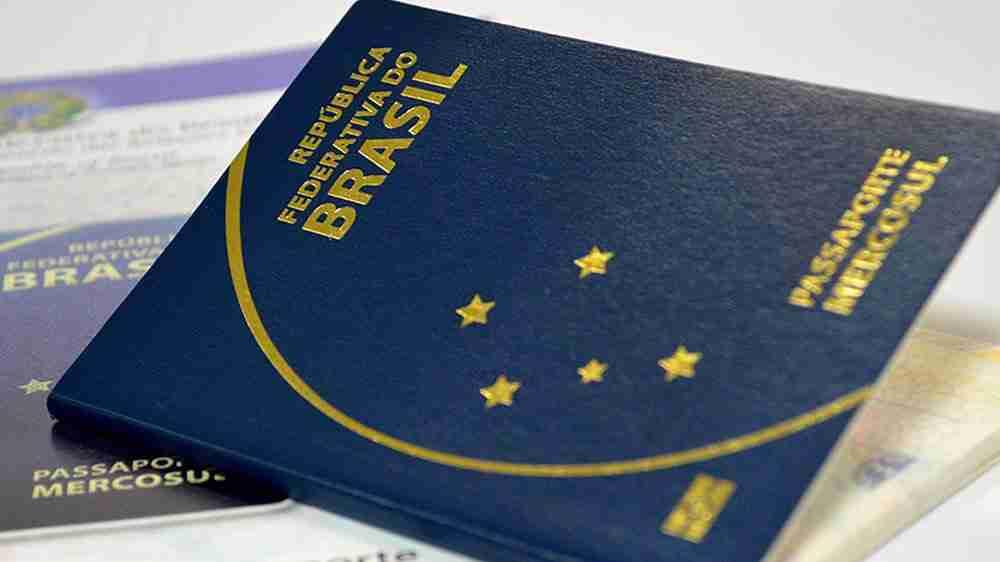 Para garantir dívida, Justiça determina apreensão de passaporte