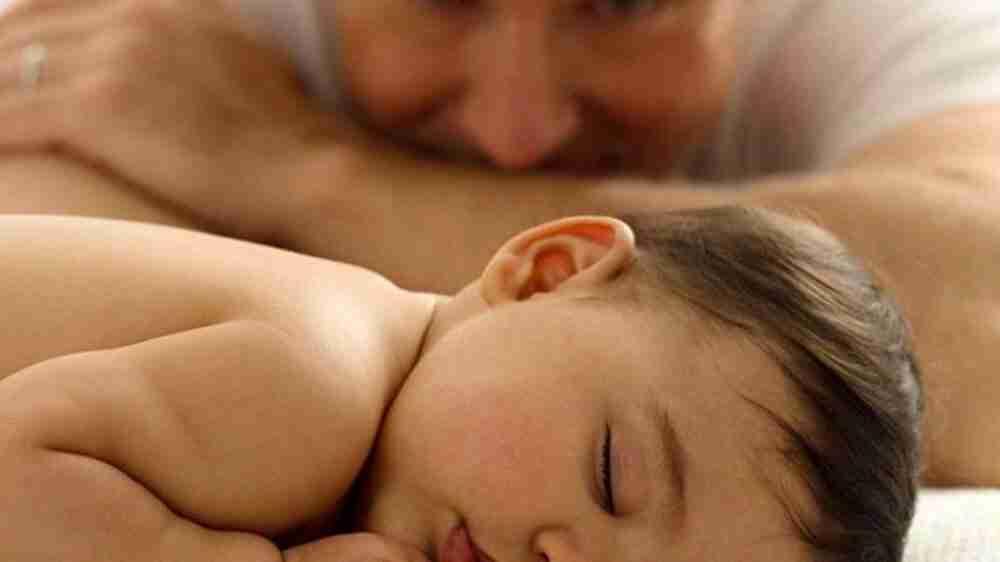 Pai de gêmeos consegue estender licença-paternidade pelo mesmo período da licença da mãe