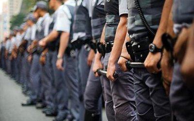 Rita Lee terá de indenizar por ofensas à Polícia Militar durante show