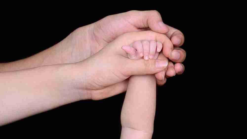 Juíza concede guarda compartilhada de menor para avó e mãe